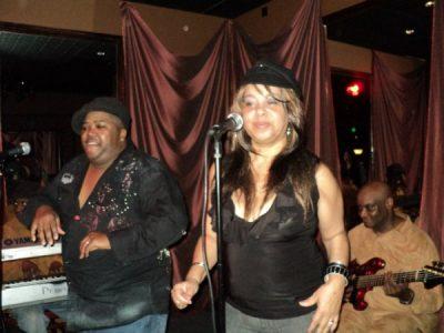 II DA MAxx with James & Maxine at Ona's Music Room